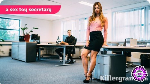 CumIntoMyOffice/Killergram - Taylor Sands - A Sex Toy Secretary (HD/720p/749 MB)