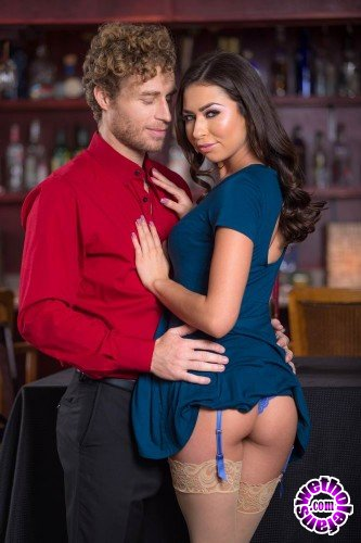 Wicked - Melissa Moore - Timing Is Everything, Scene 1 (FullHD/801 MB)