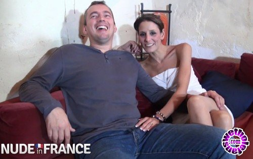 NudeInFrance - Laetitia - Sleezy brunette plays with pierced pussy (HD/720p/646 MB)