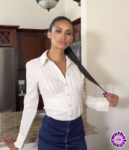 PropertySex/VixenX - Gia Vendetti - Sick Of This Job (FullHD/1080p/3.69 GB)