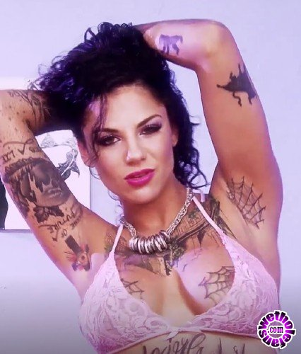 PinkoClub - Bonnie Rotten - Perverse and naughty Bonnie squirts everywhere when she enjoys (HD/720p/474 MB)