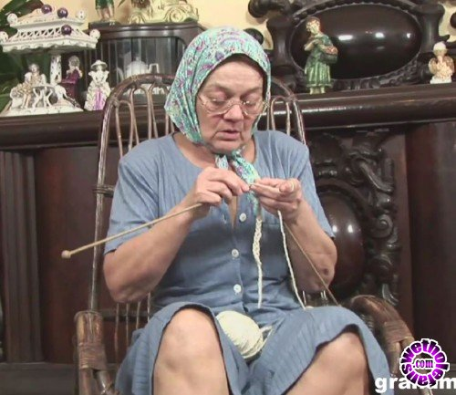 GrandMams - Amateurs - Knitting Grandmam Gets Fucked (FullHD/1080p/1.88 GB)