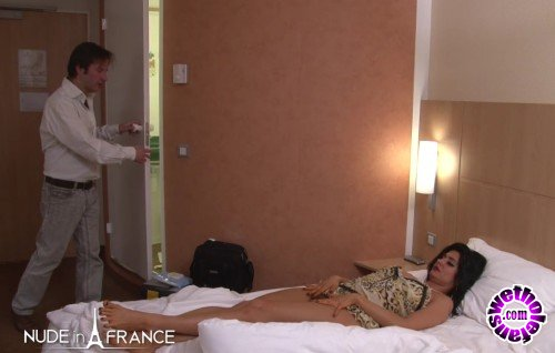 NudeInFrance - Ivannah - Sextape of a gorgeous greedy milf with hairy pussy and big milky boobs (HD/720p/211 MB)
