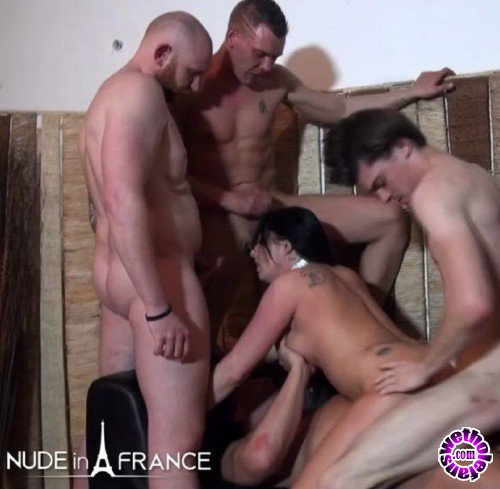 NudeInFrance - Savannah - Busty 30 yo slut from Belgium double penetrated in a Gang Bang (HD/720p/583 MB)
