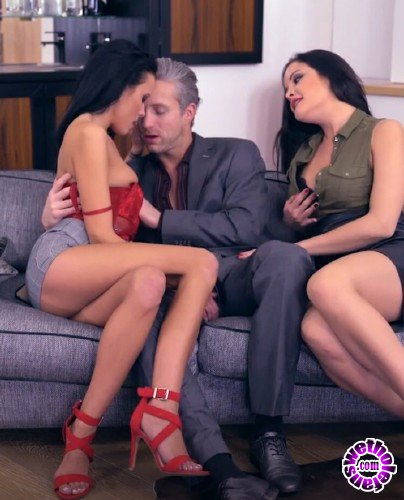 GirlsRimming - Dolly Diore, Lexi Layo, Lutro - Deluxe Rimjob Ep2 - My Valentines Rimjob (HD/720p/1.16 GB)