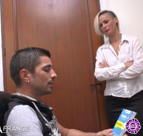 NudeInFrance - Imany - Nude In France (HD/720p/468 MB)