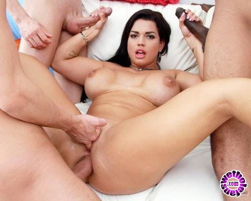 LegalPorno - Chloe Lamour - Busty Slut Chloe Lamour Receives Rough Fucking And Double Penetration From Four Huge Cocks SZ1979 (FullHD/1080p/4.30 GB)