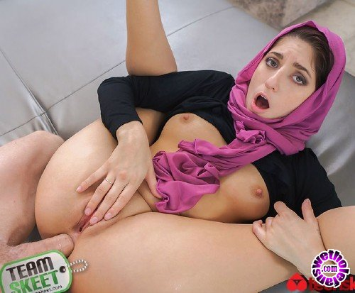 TeensLoveAnal/TeamSkeet - Nikki Knightly - Horny Hijab Girl Unveils Her Asshole (HD/2GB)
