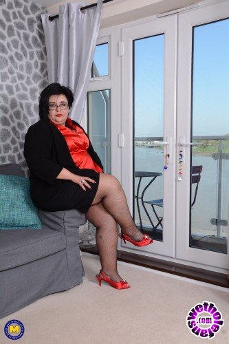 Mature - Anna EU 45 - Curvy Bbw Anna playing with herself (FullHD/1080p/1.72 GB)