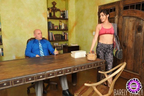 BarelyLegal - Audrey Royal - Tight Teens In Yoga Pants (FullHD/1080p/1.68 GB)