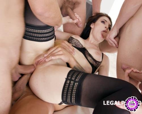 LegalPorno - Hannah Vivienne - DAP Destination With Hanna Vivienne Balls Deep Anal, First DAP, Gapes, Swallow GIO681 (HD/720p/1.48 GB)