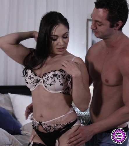 ThirdMovies/Ztod - Lea Lexis - Sexy MILF Lea Lexis Gets Her Pussy Creampied (FullHD/1GB)