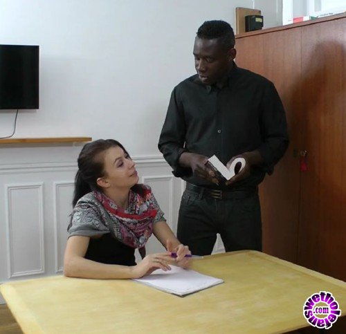 NudeinFrance - Carla - Carla coaxes her English tutor between her thighs (HD/720p/318 MB)