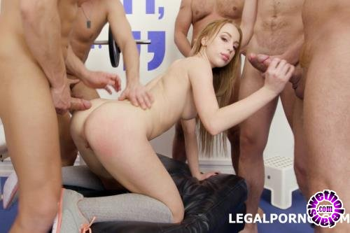 LegalPorno - Kira Thorn - 10 On 1 Anal, DAP, TP Gangbang With Kira Thorn With Big Gapes And 10 Swallows GIO605 (FullHD/1080p/5.72 GB)