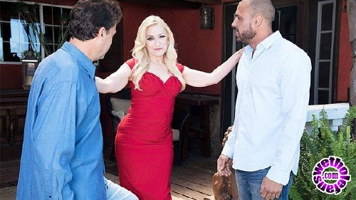 60PlusMilfs/PornMegaLoad - Robin Pachino  -  Robin Pachino gets DP'd by her new neigh… (FullHD/1080p/1.34 GB)