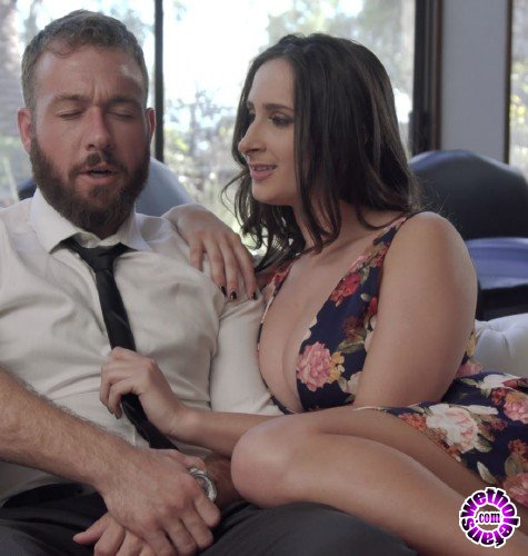 NewSensations - Ashley Adams - Juicy Chested Ashley Brings Out The Best  (UltraHD/4K/2160p/3.74 GB)