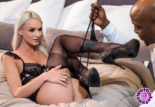 BlackisBetter/Babes - Emma Hix - Right Under Your Nose (FullHD/1.56 GB)