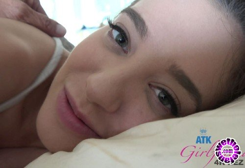 ATKGirlfriends - Gia Paige - Gia Paige wakes up and wants your cock in her ass (UltraHD/4K/2160p/2.13 GB)