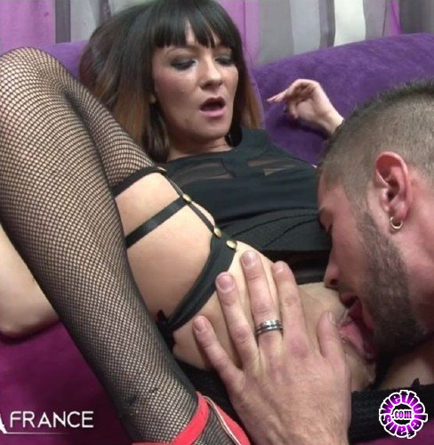 NudeinFrance - Lana Missbeauty - Casting of a pretty brunette in fishnet stockings sodomized by one our members (HD/720p/551 MB)