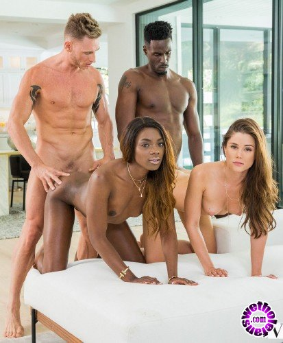 Vixen - Little Caprice, Ana Foxxx - A Long Time Coming (HD/1.8GB)