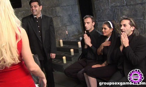 GroupSexGames - Amateur - Have Faith Vicars And Tarts (FullHD/1080p/1.33 GB)