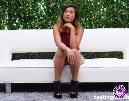 CastingCouch-HD - Geneva - Casting Couch (HD/720p/2.16 GB)