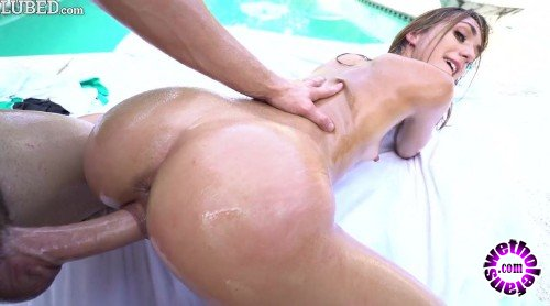 Lubed - Ana Rose - Oiled Poolside (HD/720p/1.12 GB)