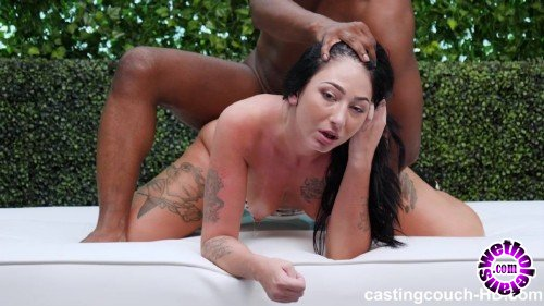 CastingCouch-HD - Selina - Casting Couch (HD/720p/1.83 GB)