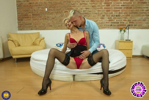 Mature - Espoir 43 - Horny cougar Espoir is hungry for cock (FullHD/1080p/1.56 GB)