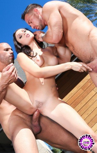 DoeProjects/PornDoePremium - Ariana Marie - Baller Tales - Top-Shelf Pussy (HD/502MB)