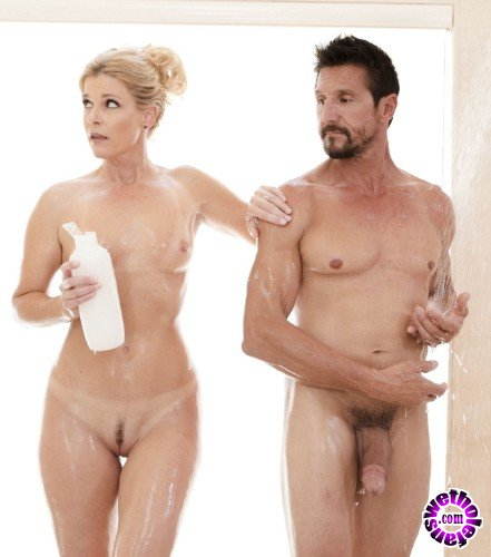 NuruMassage/FantasyMassage - India Summer - The Boss And The Client (HD/940MB)