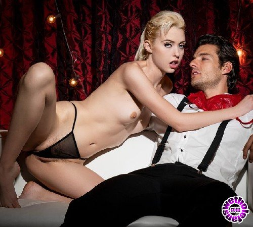 Twistys - Chloe Couture - Squirt Show (FullHD/550 MB)