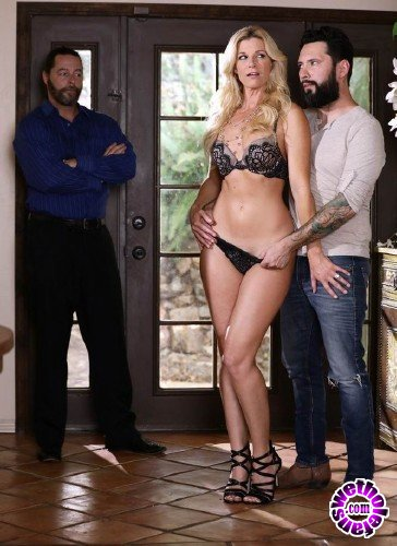 Wicked - India Summer - He Loves To Watch, Scene 3 (FullHD/1GB)