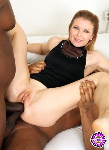LegalPorno - Sindy Rose - Sindy Rose Comes To Try Black Cock, Double Anal And Fisting IV233 (HD/720p/1,22 Gb)
