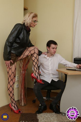 Mature - Kaylea 35 - Naughty Kaylea is a real distraction for this toy boy (FullHD/1080p/1.99 GB)