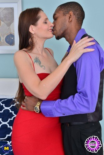 Mature - Christina Sapphire 42 - Naughty mature Christina Sapphire is in for a black treat (FullHD/1080p/1.48 GB)