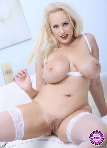 LegalPorno - Angel Wicky - BlackEned With Angel Wicky 4 White Then 4 Black Balls Deep Anal, DAP, Gapes, Cum On Tits, Facial GIO849 (HD/720p/1.85 GB)