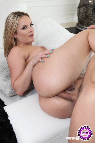 PinkoClub - Alexis Texas - Alexis Texas shows her ass and gets fucked (HD/720p/563 MB)