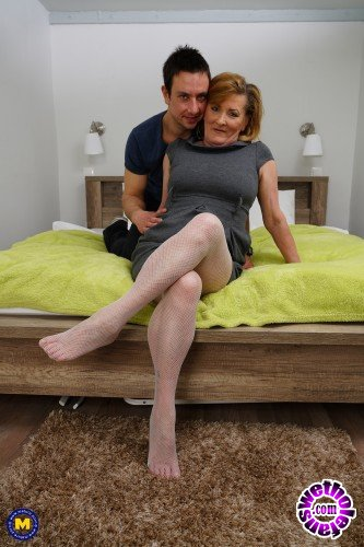 Mature - Nouchka 55 - Horny housewife doing her toyboy (FullHD/1080p/1.30 GB)