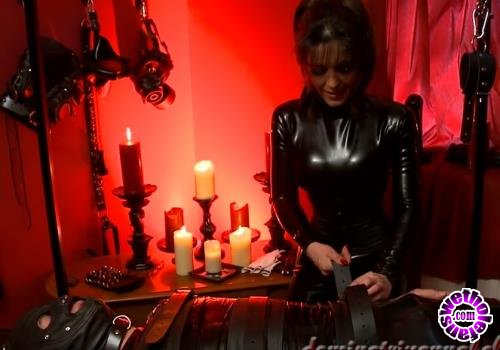 Clips4Sale - Unknown - Femdom Dungeon (HD/720p/168 MB)