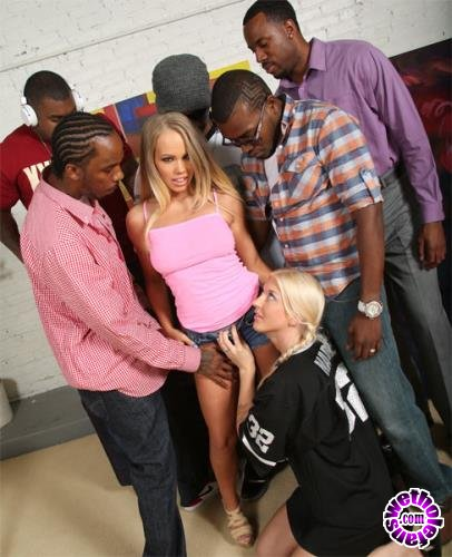DogFart - Britney Young - Blacks On Blondes (HD/720p/843 MB)