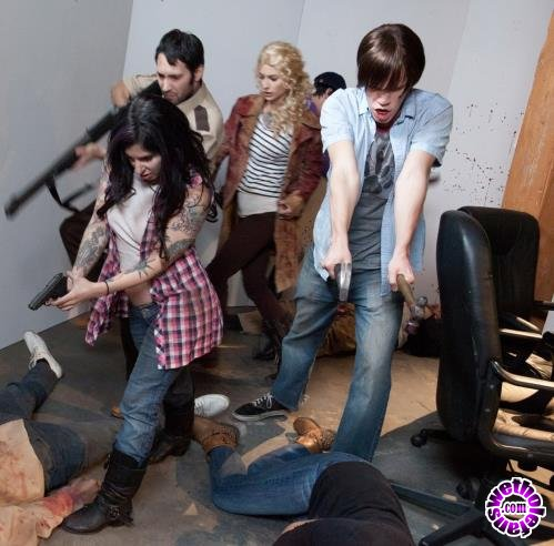 Burningangel - Joanna Angel, Larkin Love, Arabelle Raphael, Kleio Valentien, Wolf Hudson - Walking Dead Orgy (HD/720p/1.09 GB)