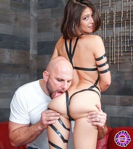 Realitykings - Izzy Bell - Taped Up Hottie (2019/FullHD/1080p/1.84GB)