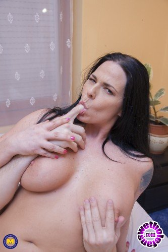 Mature - Simony Diamond - Hot tattooed MILF gets fucked by a guy with a big hard cock (FullHD/1080p/2.01 GB)