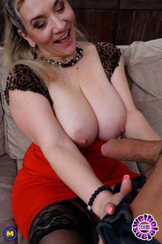Mature - Sandy Big Boobs 46 - German older lady with big breasts gets a steamy creampie after fucking and sucking her lover (FullHD/1080p/1.53 GB)