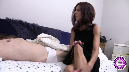 Clips4Sale - Various Actris - Attention Starved Cougar (HD/720p/579 MB)