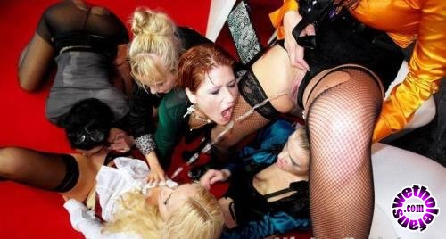 PissingInAction/Tainster - Klarisa, Lucy Bell, Ferrera Gomez, Gina Devine, Victoria Puppy, Kirsten Plant, Terry Sullivan, Alexis, Crystal - Partying With The Best In The Biz Part 1 (HD/720p/766 MB)