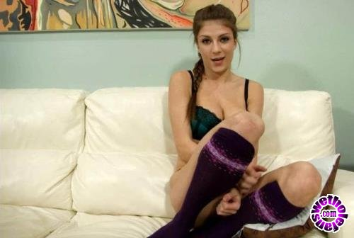 Clips4sale - Dillion Carter - Dillion Carter In Thanking Daddy (HD/720p/1.76 GB)