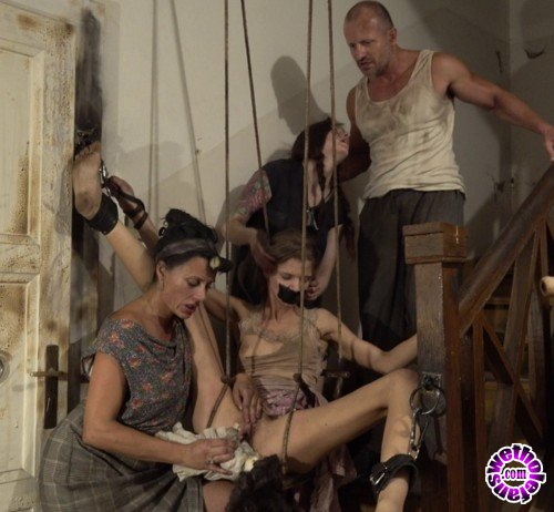 PerverseFamily - Suzan, Charlie - Surprise for the family (FullHD/1080p/470 MB)