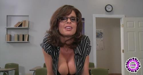 Brazzers - Veronica Avluv - How To Handle Your Students: 101 (HD/720p/2.37 GB)
